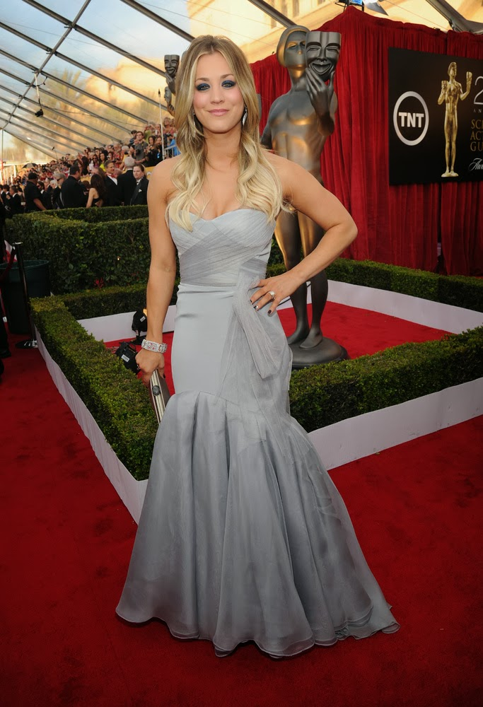 Kaley Cuoco in Vera Wang at the SAG awards