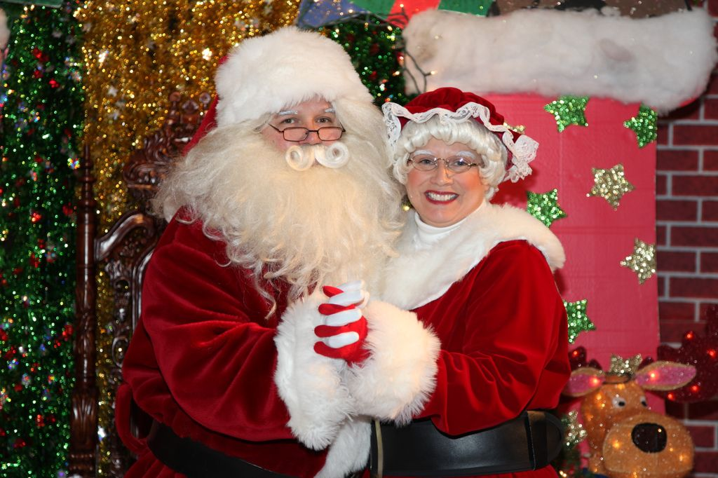 Real Santa Claus North Pole Giveaway: irvine park railroad
