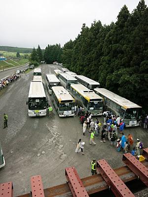 沢山の臨時バス