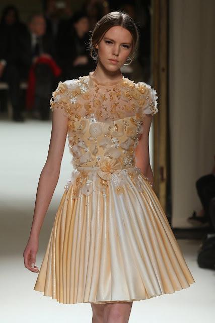 جورج حبيقه - Georges Hobeika Couture Spring Summer 2012 64_1.jpg