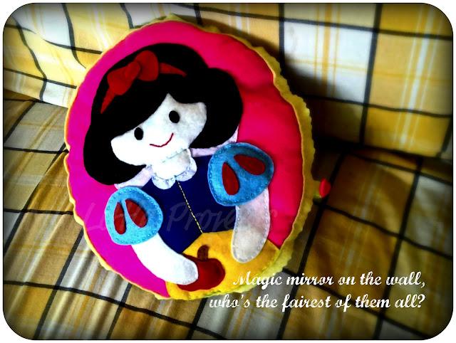 Snow White Pillow