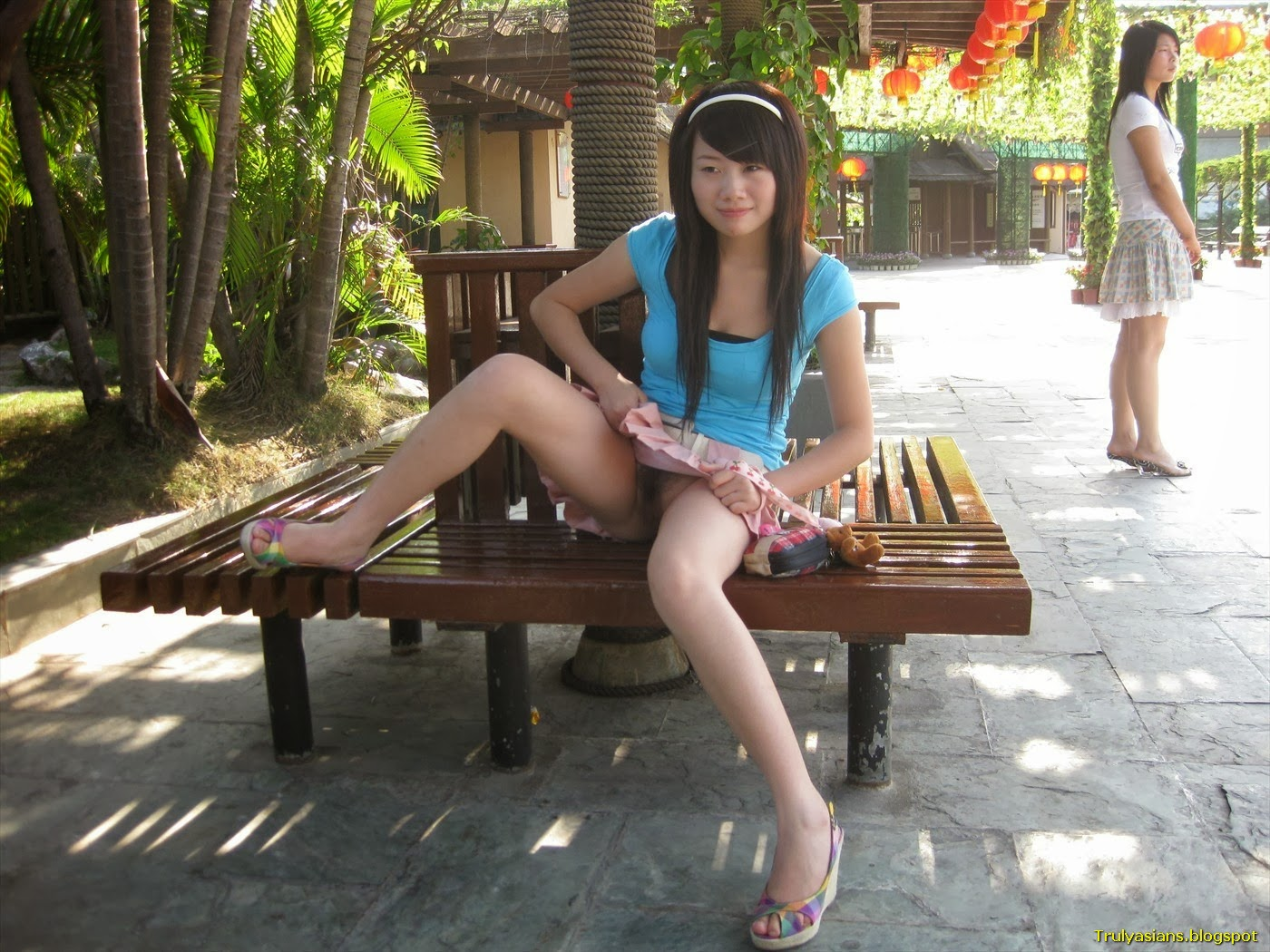 Asian amateur chick nude in public