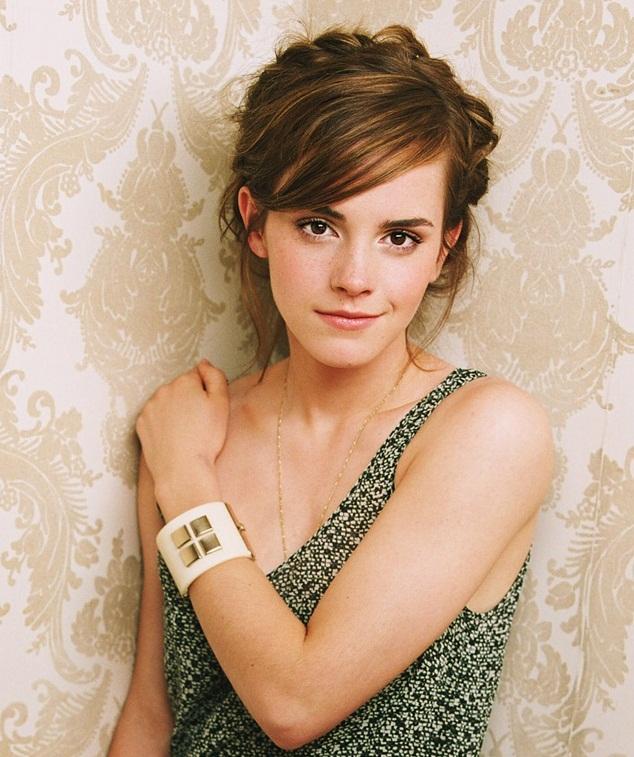 Celebrities: Emma Watson Latest Photos 2013