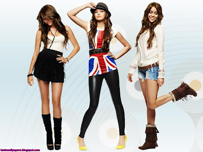 Miley Cyrus Singer Wallpaper