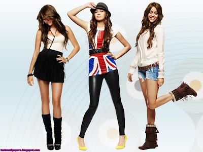 Miley Cyrus Singer Wallpaper