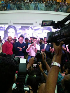 Surya-at-lulu-mall-kochi-kerala--pictures-stills