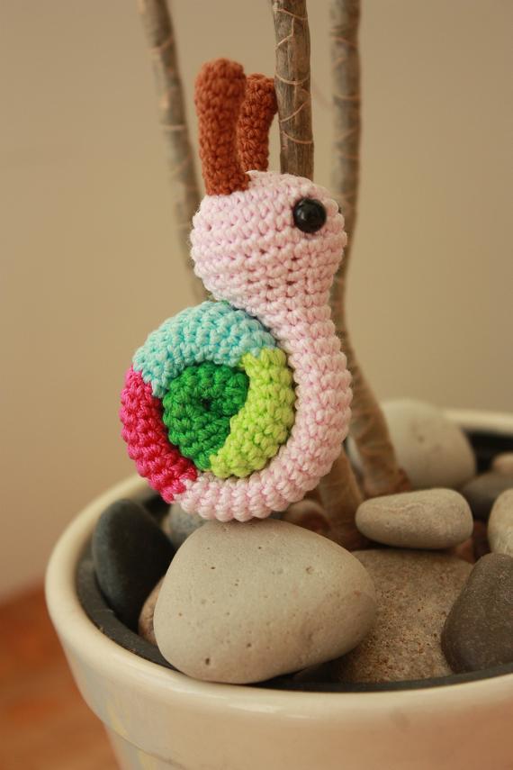 Amigurumi Caracol : HAPPYAMIGURUMI: Amigurumi snail pattern