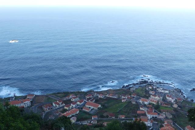 Blick auf Porto Moniz, Madeira