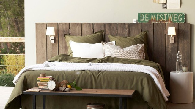 faire une tete de lit en bois peint. Black Bedroom Furniture Sets. Home Design Ideas