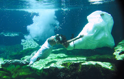 Underwater Bride and Groom
