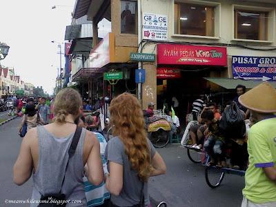 Suasana di Sekitar Jalan Sosrowijayan