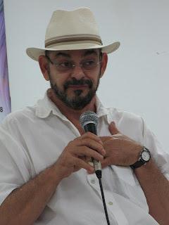 João Nery_foto Suyene Correia_http://bangalocult.blogspot.com