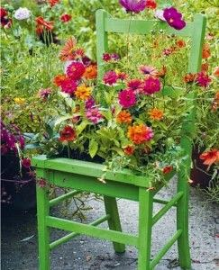 http://small-garden-ideas.com/smarten-small-garden/
