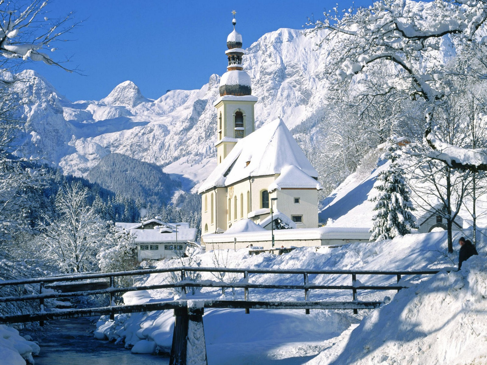 church in snow 1600x1200 Snow Wallpaper Hd