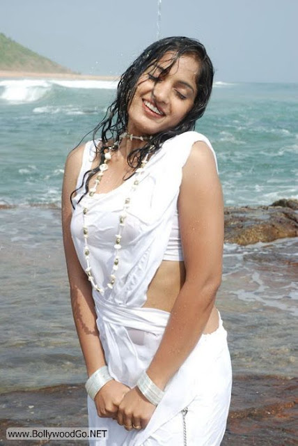 Madhavi+Latha+(1)