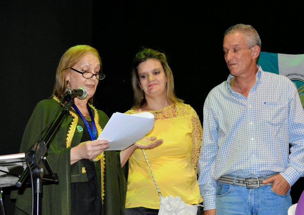 Rosilene Furtado e os descendentes de Tiradentes, Maria Cláudia e Márcio Vaz de Oliveira