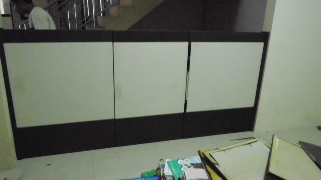 Partisi Kantor Office Divider Semarang Custom Furniture Semarang