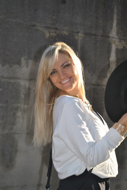 mariafelicia magno fashion blogger ragazze bionde blonde hair blondie blonde girls occhi azzurri come truccare gli occhi azzurri makeup blue eyes ragazze bionde con occhi azzurri  outfit casual invernali outfit da giorno invernale outfit gennaio 2016 january  outfit january 2016 outfits casual winter outfit mariafelicia magno fashion blogger colorblock by felym fashion blog italiani fashion blogger italiane blog di moda blogger italiane di moda fashion blogger bergamo fashion blogger milano fashion bloggers italy italian fashion bloggers influencer italiane italian influencer