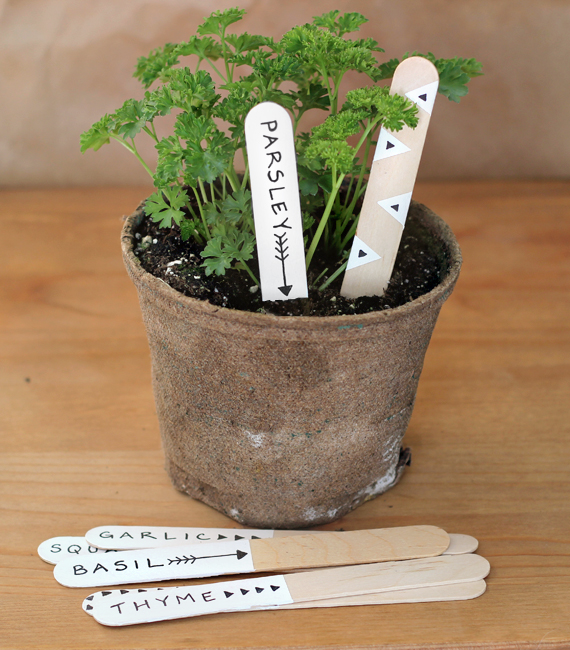 DIY Garden Markers // Bubby and Bean