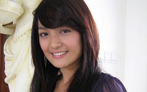 Biodata Imel Putri Cahyati & Fotonya | The New Autocar