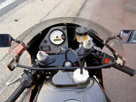 Suzuki GSXR 400  Suzuki+GSX-R+400+TT-F3+04
