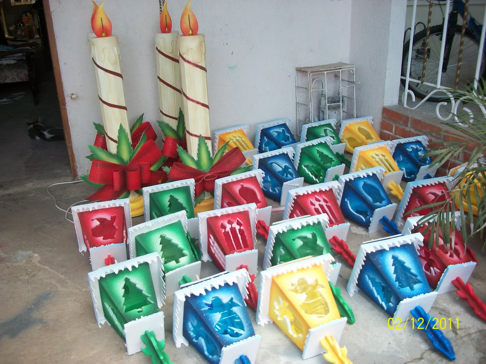 Decoraciones apliques de carnaval navide os en icopor y - Como se hacen adornos navidenos ...