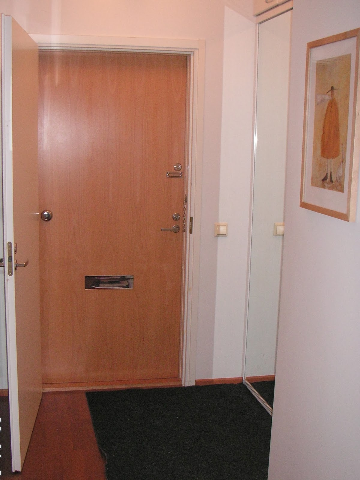 Viviendo suomi c mo son los pisos finlandeses parte i - Aislar puerta entrada piso ...
