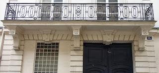 Balcon du 16 rue Debelleyme à Paris
