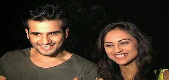 Krystle dsouza With Karan tacker HD Wallpapers Free Download