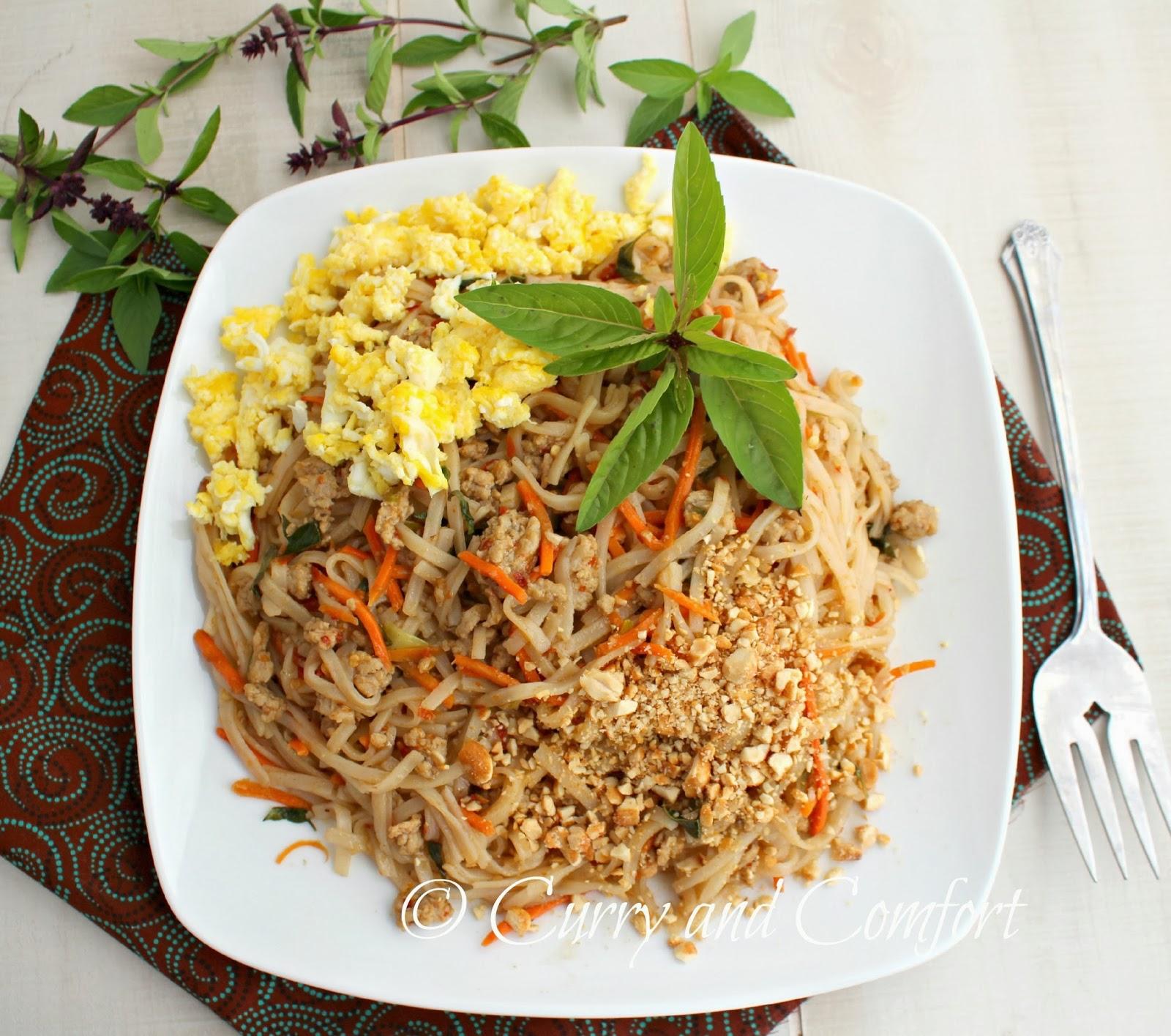 Kitchen Simmer: Chicken Pad Thai with Basil