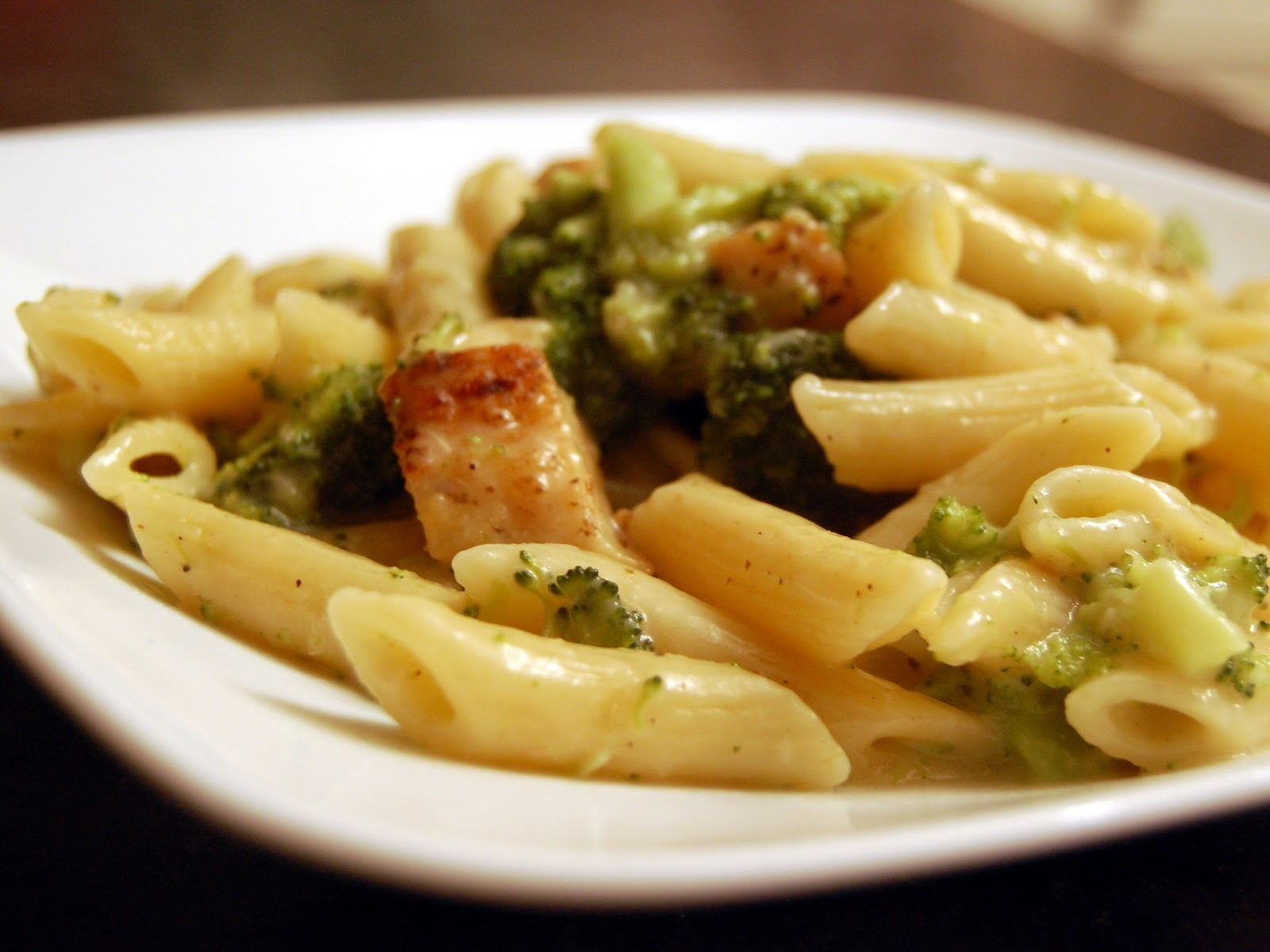 ... Chicken and Broccoli Pasta in Roasted Garlic, White Wine, and White