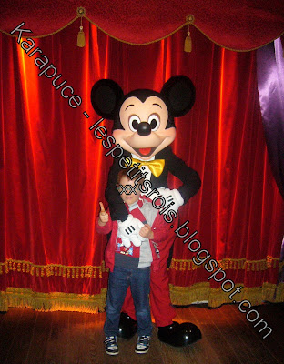 Photo avec Mickey Disneyland