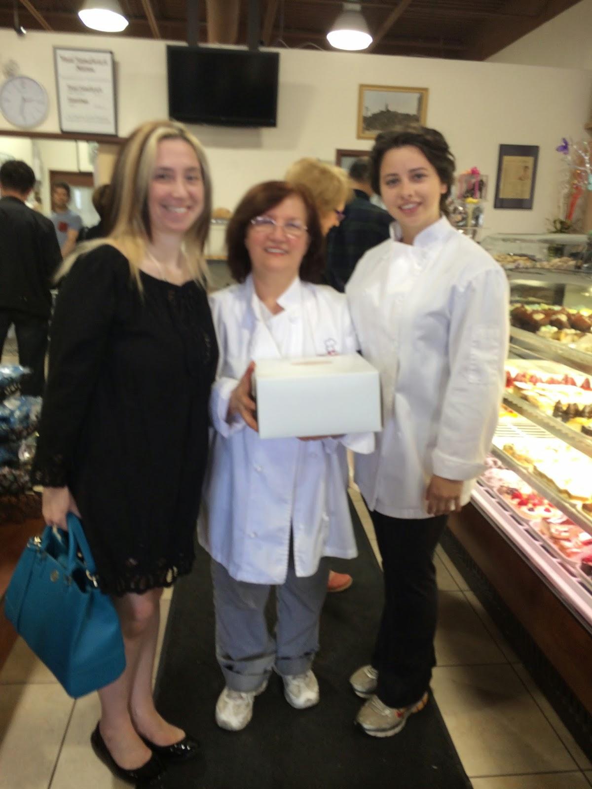 Signature Cakes - Celebrity Cake Studio