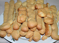 Торт Дамские пальчики: Выпечь эклеры