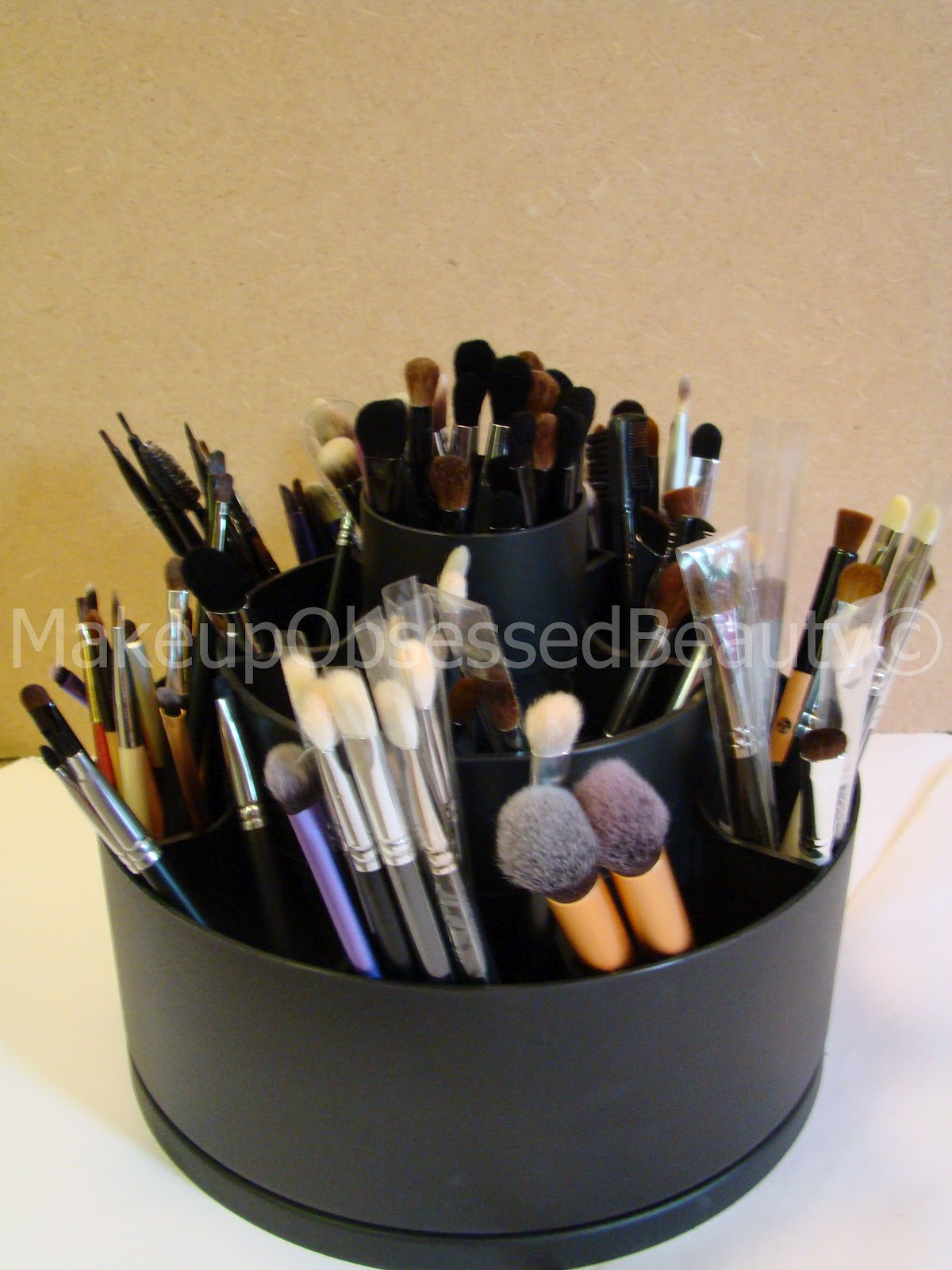 makeup brush organizer. how i store my makeup brushes. revolving brush holder (tool turn about) reviews organizer