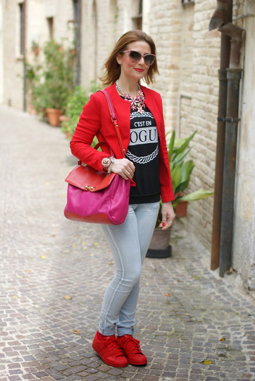 adidas supercolor rosse, red adidas supercolor sneakers, Fashion and Cookies fashion blog, fashion blogger streetstyle