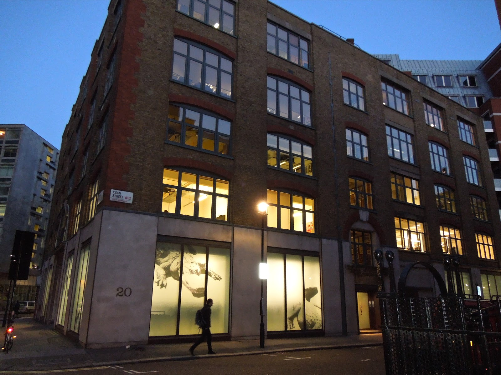 Assez Interiors and Lifestyle Futures: Visit to Sir Paul Smith's design  JK99