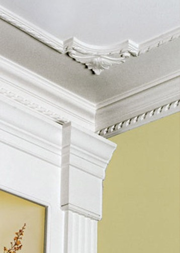 Arredamenti moderni come installare cornici decorative - Cornici per camere da letto ...