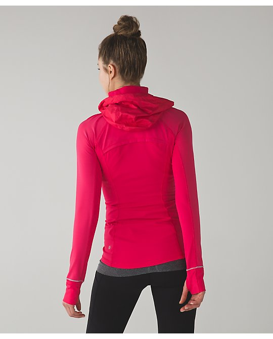 lululemon boom-juice rain-on-train-on-pullover