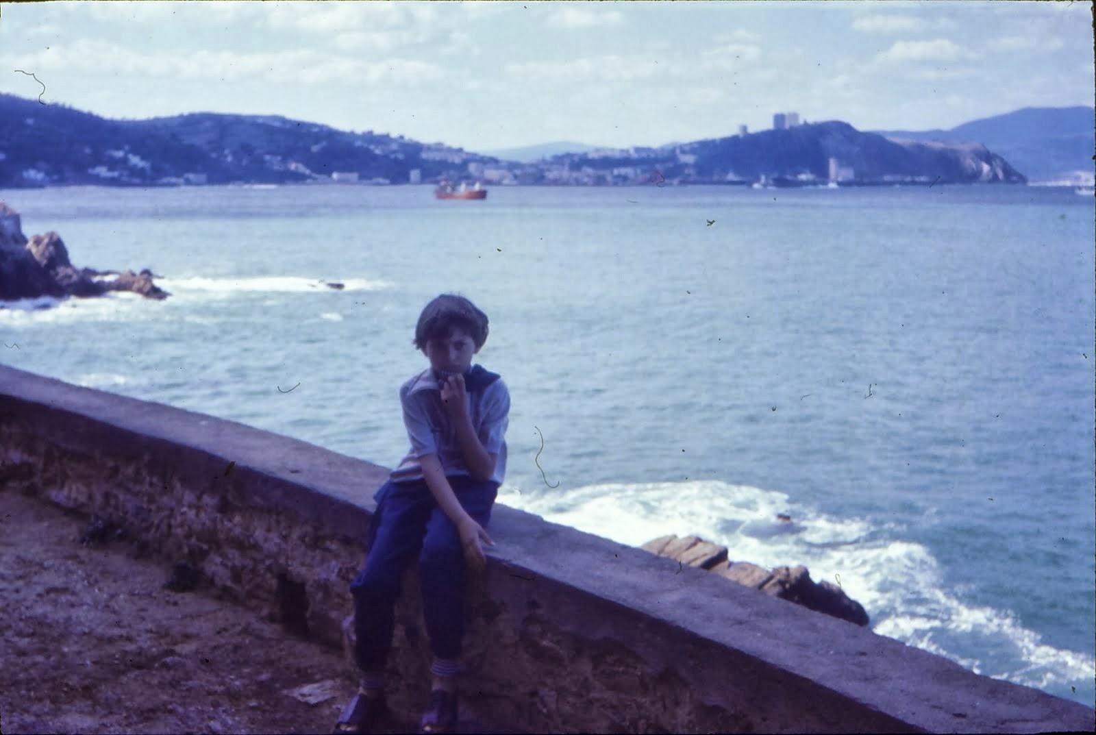 Petrutu Crãciunas anii 1976 la Marea Mediterana Algeria