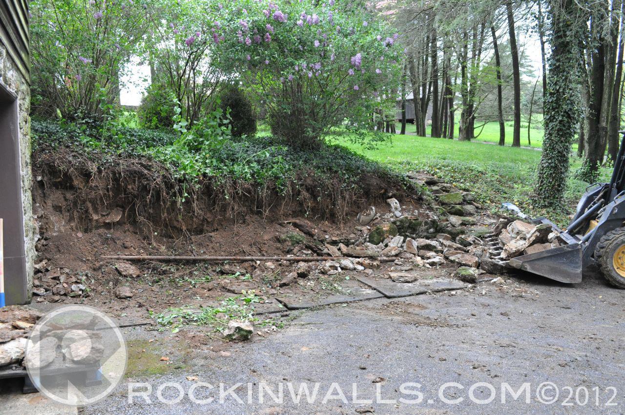 http://4.bp.blogspot.com/-LhvSY0FNM5g/T-UsH3ZfMQI/AAAAAAAACOg/_60f8Xl7uOY/s1600/WM+6+Strip+out+Glenville+Dry+Laid+Stone+Retaining+Wall.jpg