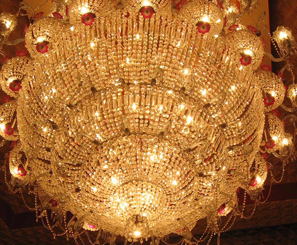 http://4.bp.blogspot.com/-Li5Hw3MOgLE/UIBrRDJp6nI/AAAAAAAABSg/c59txN_CoFU/s1600/maddox-square-durga-puja-lighting-2011-kolkata.jpg