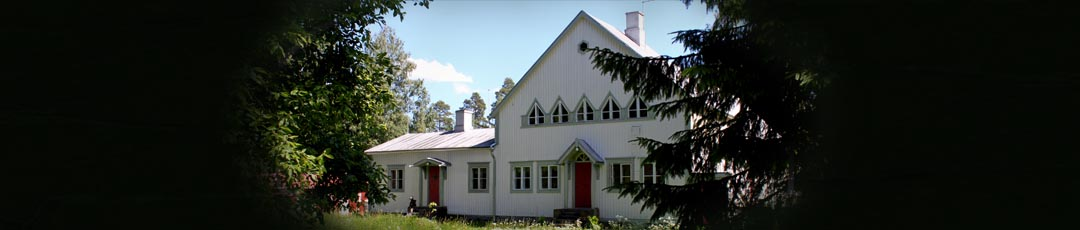 Myytävänä kodiksi remontoitu koulu
