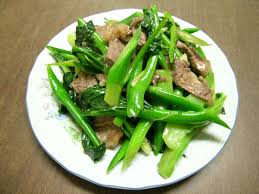 Rau chân vịt xào thịt bò
