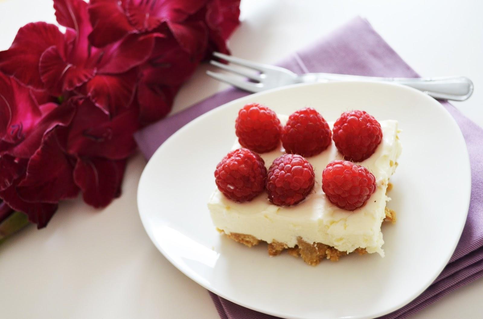 idealny deser z malinami
