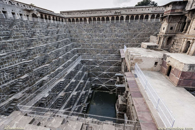 Sumur-Chand-Baori-Jaipur-India_2