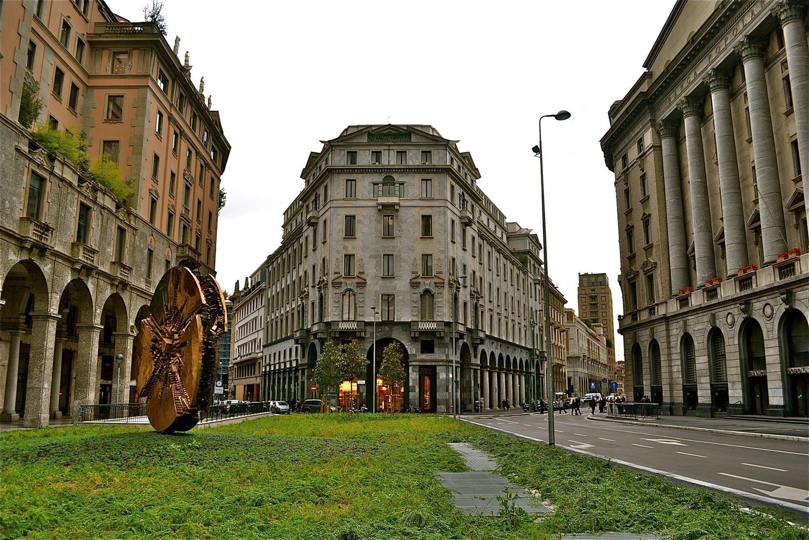 Pro pup roma milano piazza meda for Arredare milano piazza iv novembre