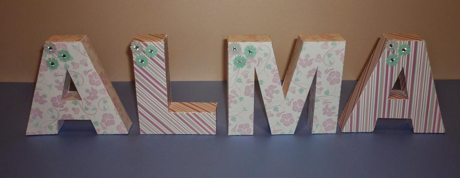 Minimandy. Letras de Papel en Bloque. Nacimiento. 15 años. Centro de Mesa. Candy Bar.
