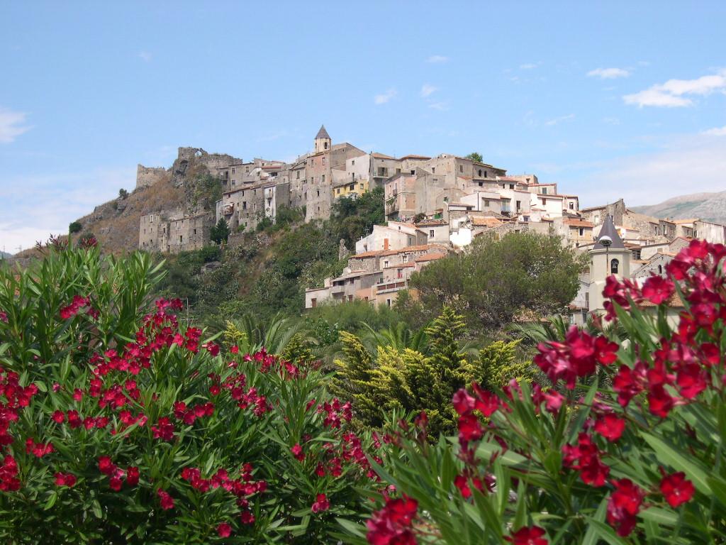 Opinioni su scalea un 39 estate tra acque cristalline for Acque pure italia opinioni