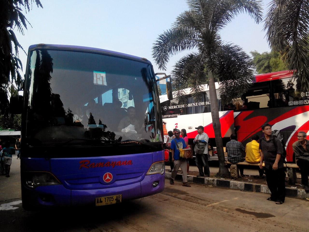 Bus Ramayana Jurusan Jogja - Lebak Bulus